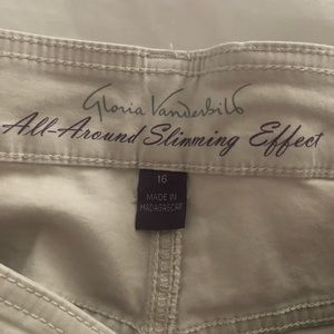 Cream colored crop pants size 16